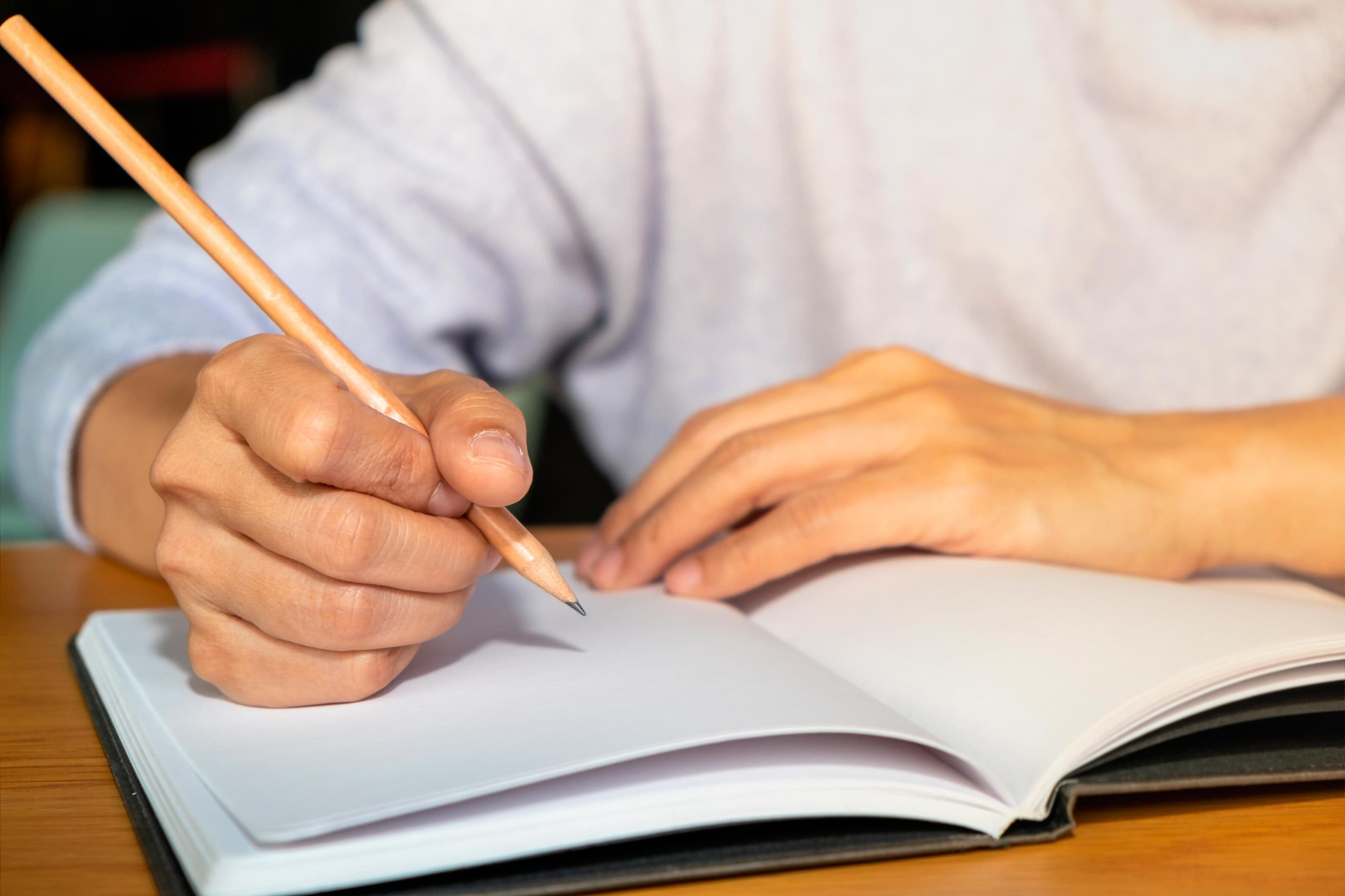 Resumos é um dos métodos de estudo mais indicados por estudantes e especialistas