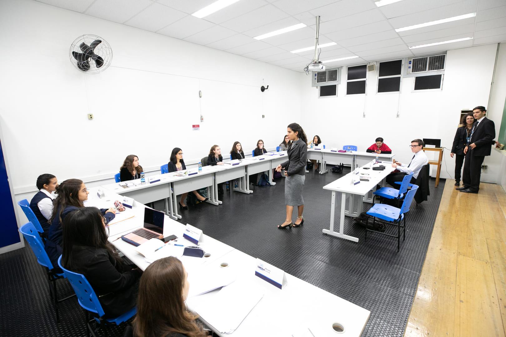 III Simula Etapa propõe reflexão sobre direitos humanos e o vazamento de dados virtuais.