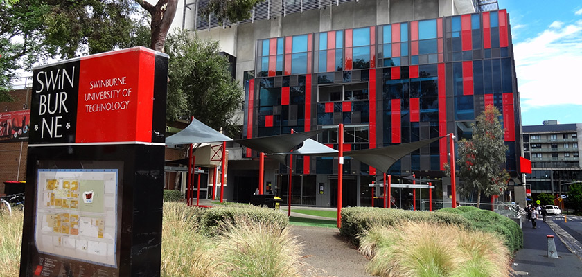Swinburne, universidade na Austrália, possui cursos voltados prioritariamente ao mercado de trabalho.