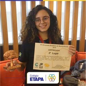 Resultados do Etapa em competições estudantis: aluna do Colégio conquista bronza na OBN.
