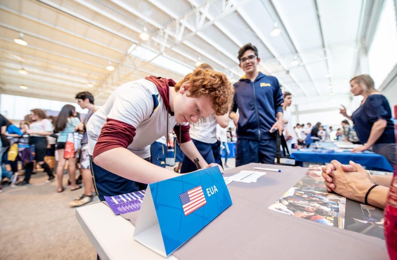 Por que participar de uma feira de universidades do exterior