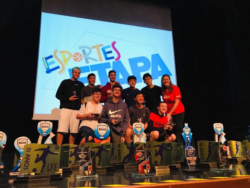 Alunos do Etapa celebram conquistas em torneios esportivos